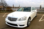 Auto noma Mercedes-Benz S-class Long 2012, balts