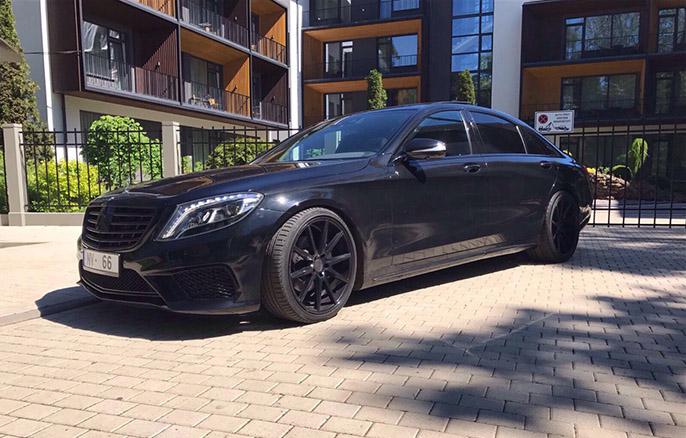 Auto noma Mercedes W222 S-class Long 2016 AMG